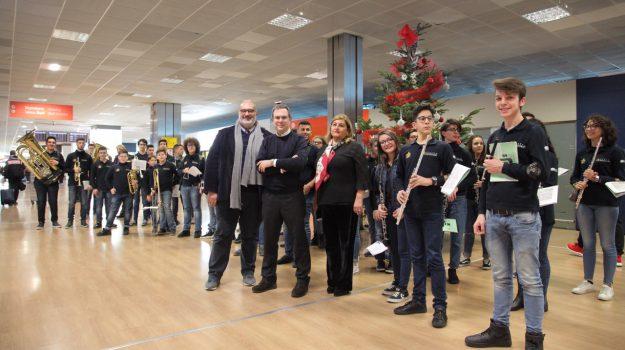 orchestra performance aeroporto palermo, Palermo, Società