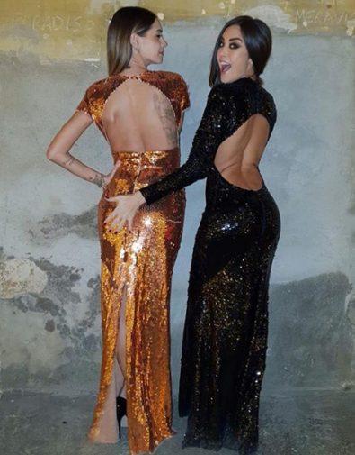 Palmas Giorgia Calendario.Giorgia Palmas Tocca Il Lato B Di Melissa Satta Il Selfie
