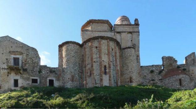 Monastero di Frazzanò, Gino Di Pane, Messina, Cronaca