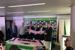 Cessione del Palermo, ancora misteri: i nuovi proprietari per ora investono soltanto centomila euro