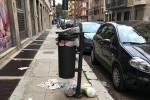 Palermo, cestini stracolmi e marciapiedi sporchi: continua l'emergenza rifiuti