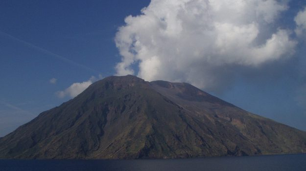 allerta gialla vulcano stromboli, Messina, Cronaca