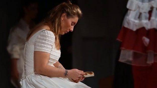 """""""In stato di grazia"""", detenute del carcere Pagliarelli sul palco a Palermo"""
