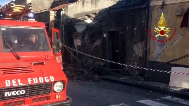 terremoto catania, vigili del fuoco, Zafferana Etnea, Catania, Cronaca