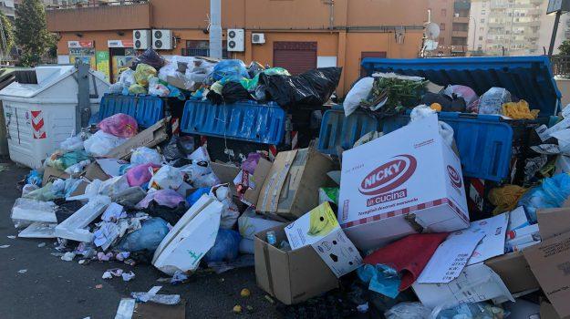 emergenza rifiuti palermo, Natale rifiuti Palermo, rifiuti palermo, Palermo, Cronaca