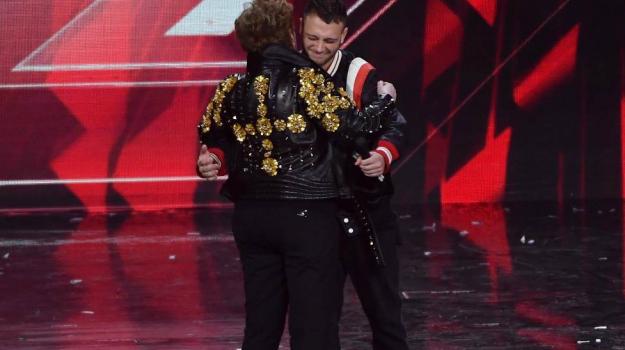 Anastasio vince X Factor, Vincitore X Factor, x factor, Anastasio, Sicilia, Società