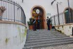 Carabinieri alla caserma Carini a Palermo per l'uscita degli arrestati