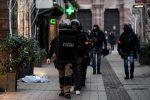 Il killer di Strasburgo ucciso in un blitz della polizia: in fuga aveva sparato contro gli agenti