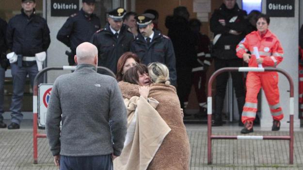 mamma attacca Sfera, morti corinaldo, tragedia corinaldo, Daniele Pongetti, Donatella Magagnini, Sicilia, Cronaca