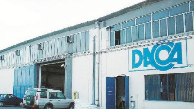 aci catena, Azienda Dacca, Nello Oliveri, Catania, Economia