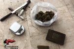 Nasconde hashish e marijuana in casa a Trapani, arrestato