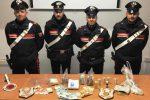 Viaggiano a borgo di una Land Rover con mezzo chilo di cocaina a Ramacca, tre arresti