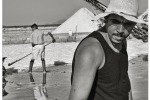 Caldo e sole in bianco e nero, la lavorazione del sale in Sicilia