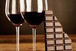 Vino Primitivo Dolce Naturale e cioccolato