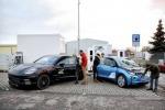 Bmw-Porsche lanciano ricarica elettrica super-veloce, 100 km in 3'