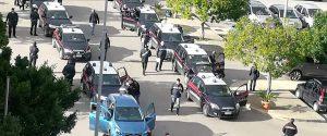 L'arrivo degli arrestati al carcere