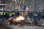 "Gilet gialli in Francia, Parigi stoppa Trump: ""Non si immischi"""