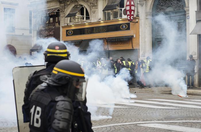 Il sesto sabato di protesta dei gilet gialli