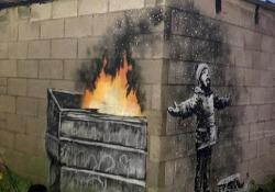 È apparsa all'improvviso sul muro di un garage a Port Talbot, nel Galles