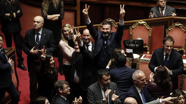 famiglia, fisco, imprese, manovra cosa cambia, punti della manovra, Sicilia, Politica