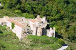 Debito da 4000 euro con un legale, pignorato un antico monastero in provincia di Messina