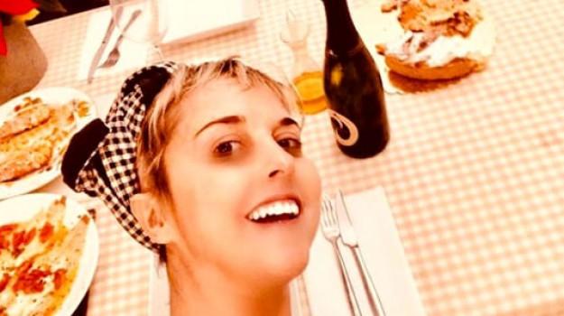 instagram, natale, Nadia Toffa, Sicilia, Società