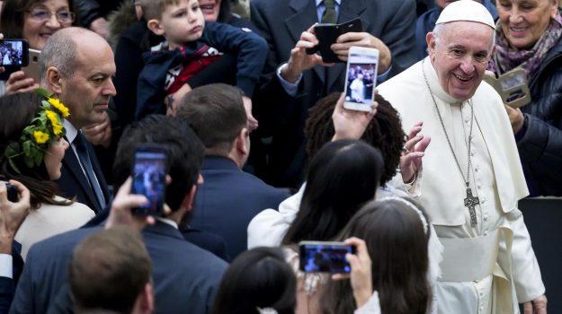 auguri di natale papa, Papa Francesco, Sicilia, Cronaca
