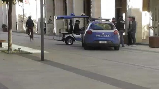 aggressione poliziotti vittoria, Ragusa, Cronaca