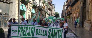 """Asp di Palermo, 650 precari in piazza: """"Da oltre 25 anni in attesa di stabilizzazione"""""""