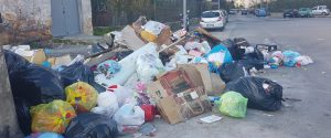 Emergenza rifiuti a Palermo, decine di richieste di rimborso Tari e Tasi