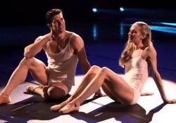 Alessandra Ferri e Cesare Cremonini tra gli ospiti del ballerino per la prima serata Rai del 1 gennaio . Tributo alla città di Genova