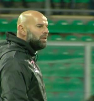 Il Palermo spreca e non scappa via: pari contro il fanalino di coda Livorno