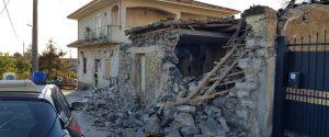 """Terremoto sull'Etna, i turisti fuggono via dalle strutture. Gli albergatori: """"È un disastro"""""""