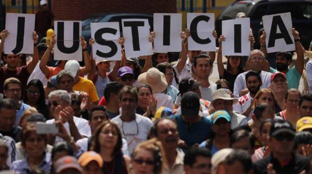 dissidente venezuela Menfi, dissidenti maduro sicilia, Venezuela, Indira Meza, Nicolas Maduro, Sicilia, Mondo