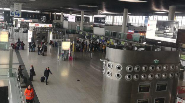 aeroporto catania, eruzione etna, Catania, Cronaca