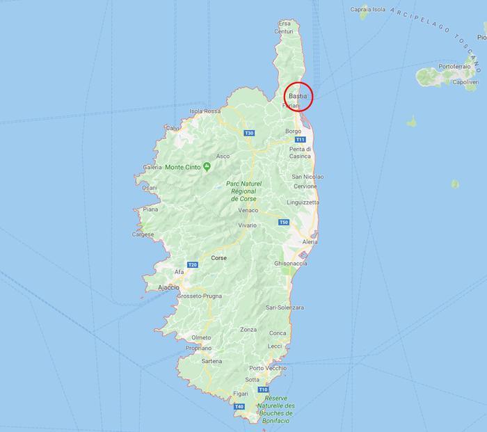 Corsica, uomo spara sui passanti a Bastia: un morto e 6 feriti