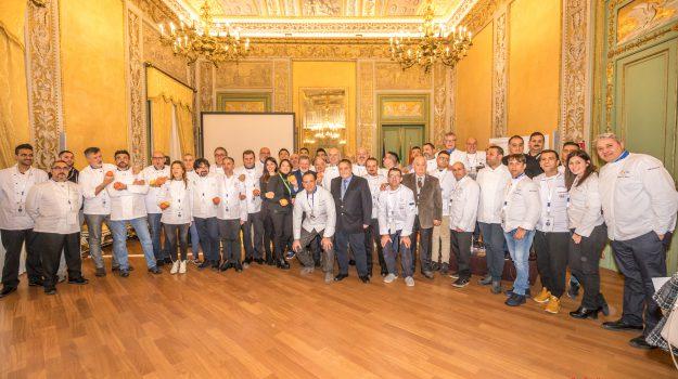 euro toques congresso palermo, Palermo, Società