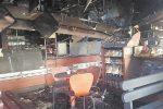 Carlentini, un incendio distrugge un bar sulla statale Catania-Ragusa