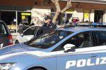 Palermo, rapina a una donna sul pianerottolo a Brancaccio: due arresti