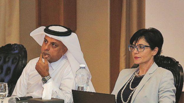 avvocato marsala in Qatar, Sicilia, Società