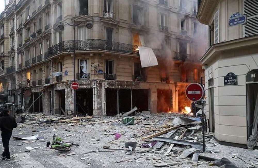 Fortissima esplosione nella zona dell'Opera di Parigi