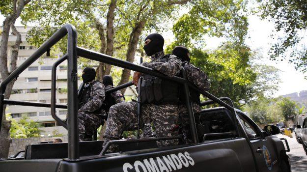 Colombia attentato polizia, Sicilia, Mondo
