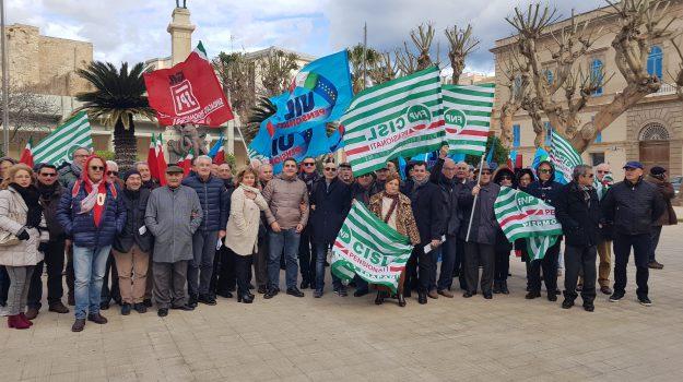 Pensionati protesta Trapani, Trapani, Economia