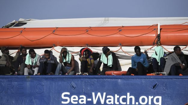 migranti, Sea Watch, Sicilia, Mondo