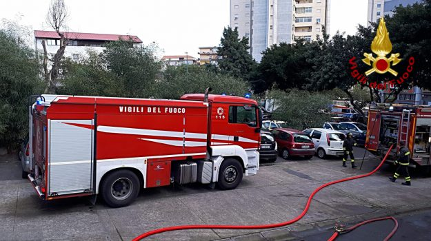 catania, incendio catania, incendio Librino, Librino, Catania, Cronaca