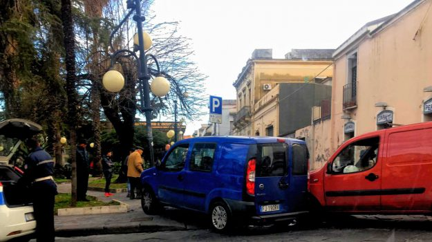 Giarre, incidente corso Italia, incidente giarre, Catania, Cronaca