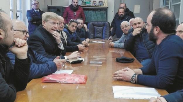 rifiuti favara ovest, Agrigento, Politica