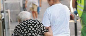 In Sicilia 100mila ultraottantenni ancora da vaccinare, piano di Musumeci: corsa contro il tempo