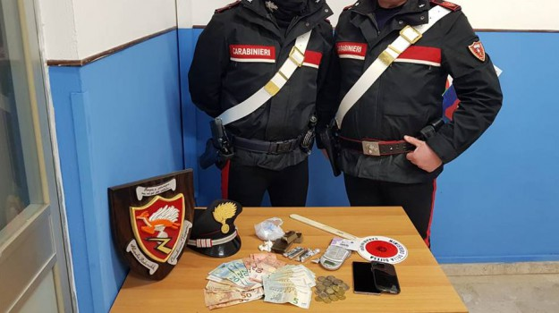 cocaina e hashish trapani, Trapani, Cronaca