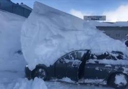 Il video girato nel parcheggio di un hotel in Austria